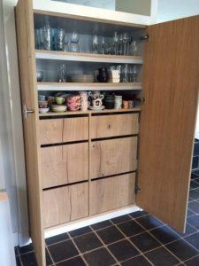 Open keukenkast op maat met fineer