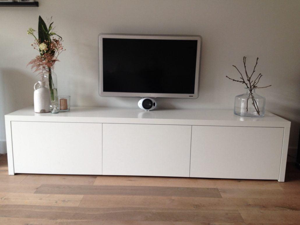 Witte Tv Kast : Wit tv meubel met teak bovenblad cm indoteak