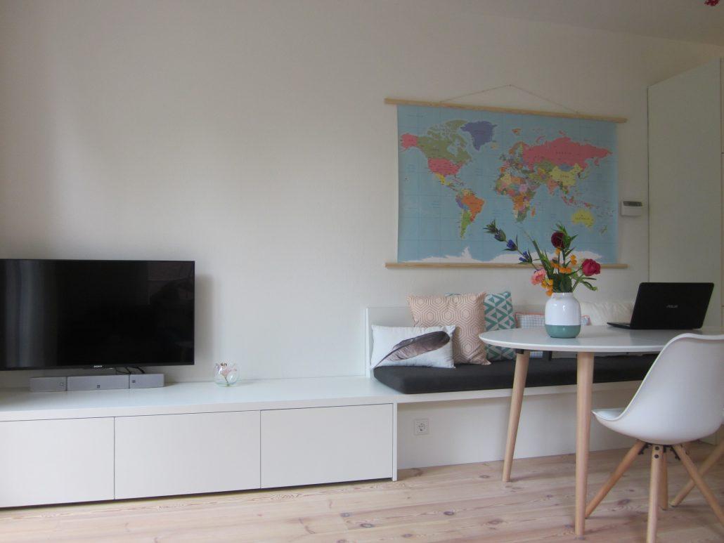 maatwerk witte bank met rugleuning bij eettafel in haarlem den bosch. Black Bedroom Furniture Sets. Home Design Ideas