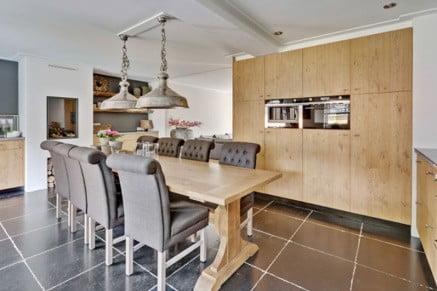 voorbeeld fineer afwerking in keuken