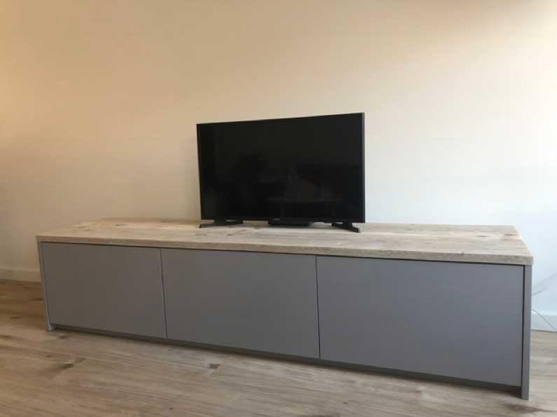 Mooie Witte Houten Tv Meubel.Wat Kost Een Tv Kast Op Maat Meubel Maatwerk Geeft Je Inzicht