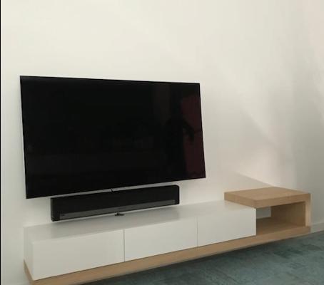 TV-kast Claudia